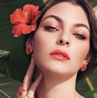 Télből a nyárba: trópusi sminkszett újdonság olaszosan