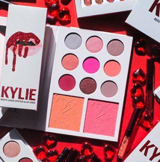 Nem semmi, milyen Valentin napi kollekcióval készült Kylie Jenner