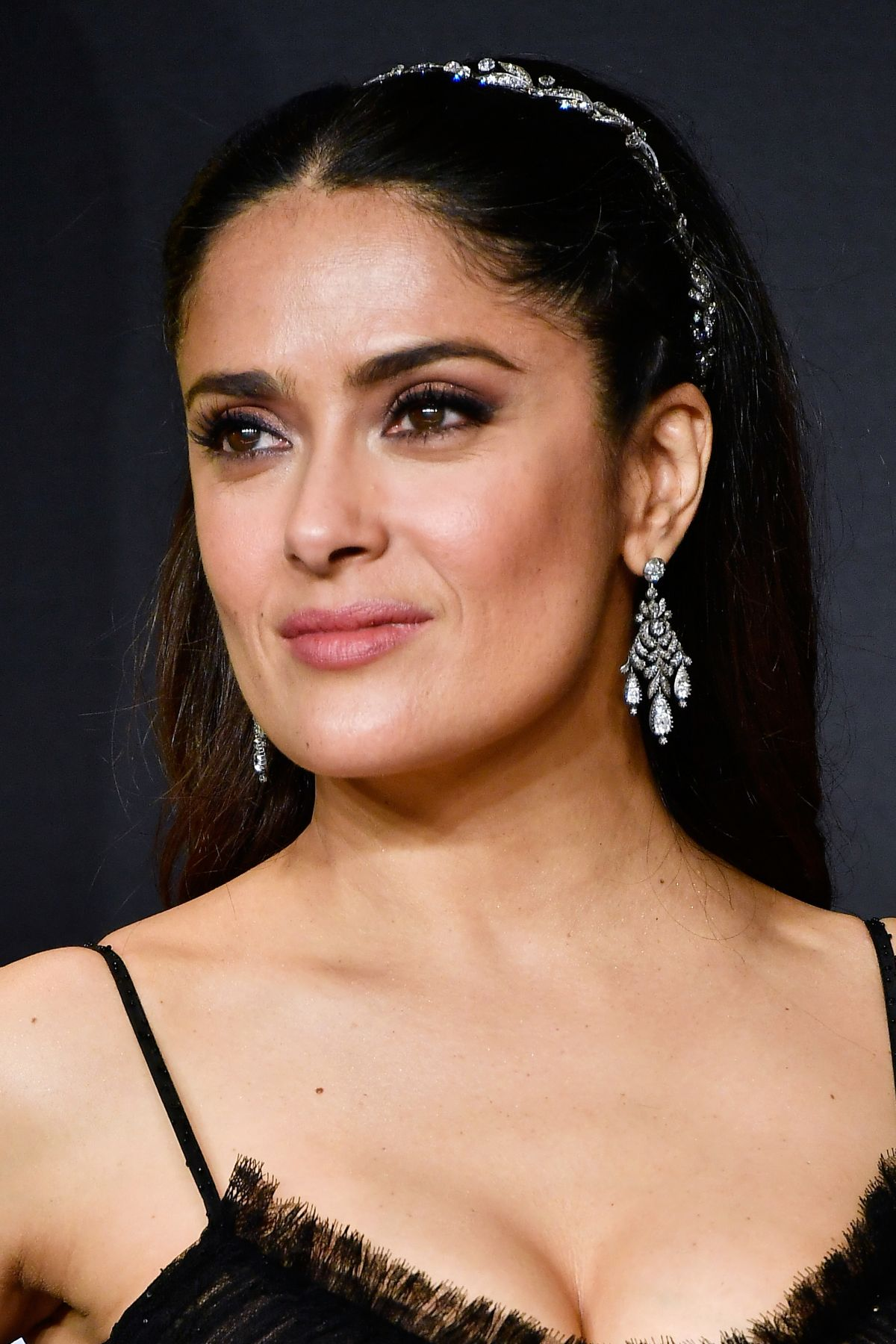 HOLLYWOOD, CA - FEBRUARY 26: Actor Salma Hayek poses in the press room during the 89th Annual Academy Awards at Hollywood & Highland Center on February 26, 2017 in Hollywood, California. Frazer Harrison/Getty Images/AFP