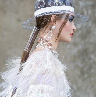 Így porszívózd trendire a frizurádat – ajánló a Chaneltől
