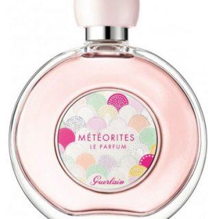 Az ikonikus púdergyöngyök parfümként debütálnak