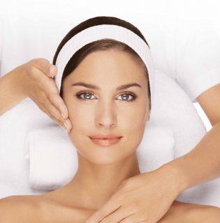 Rosaceás arcbőr normalizálása DRHAZI bőrmegújítással (X)