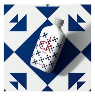 Új, gyűjtői kiadású CK One illat jelent meg karácsonyra