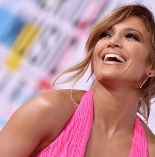 Jennifer Lopez smink nélkül köszönte meg Golden Globe-jelölését