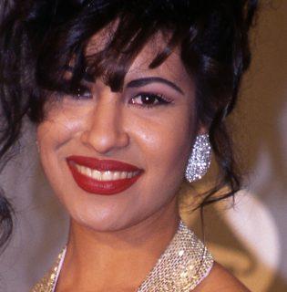 Érkezik a MAC második Selena kollekciója