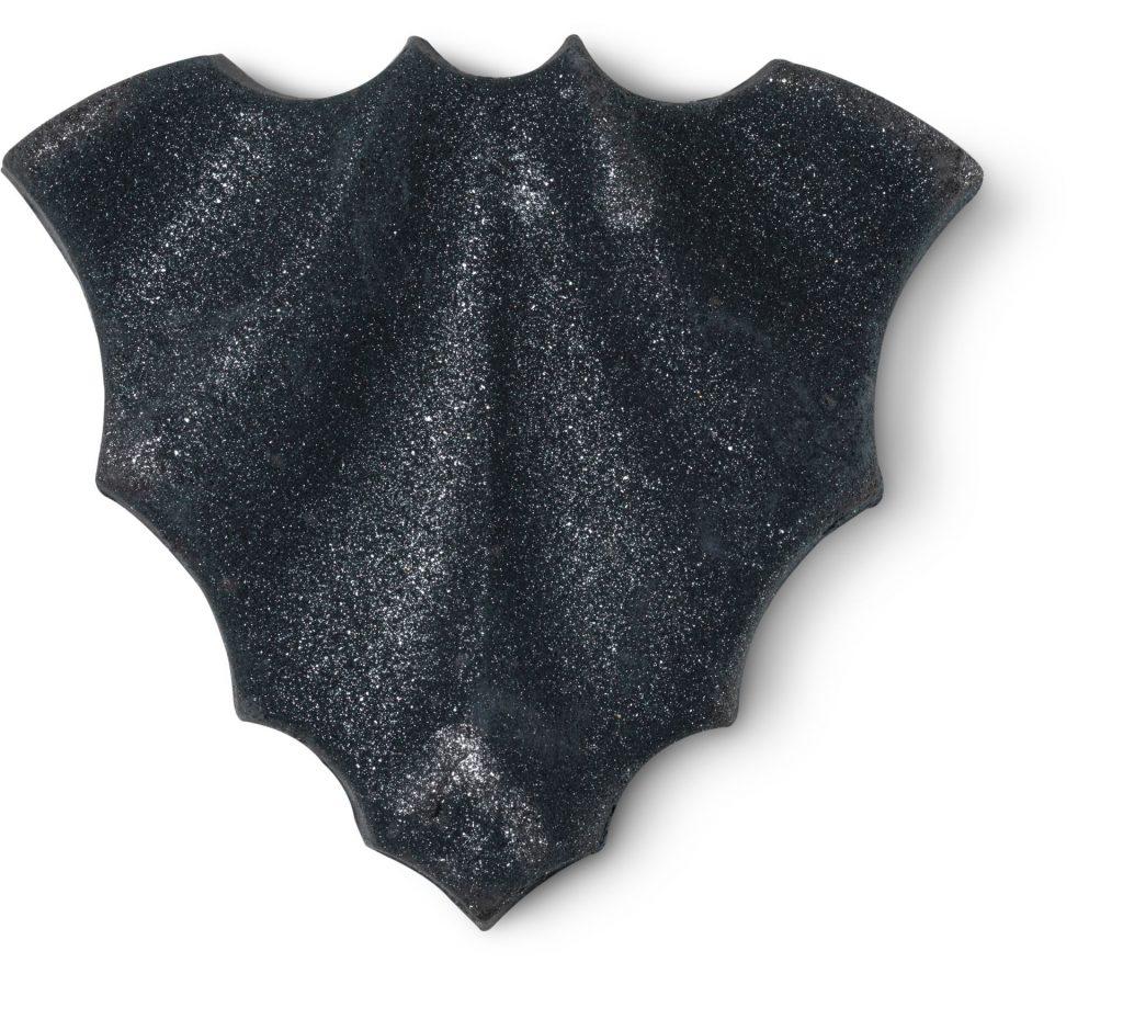 lush halloween bat_art_bath_bomb_christmas_2020 2