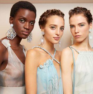 Gyönyörű sminkek készültek a Giorgio Armani divatbemutatóra, mutatjuk, hogyan tudod elkészíteni őket